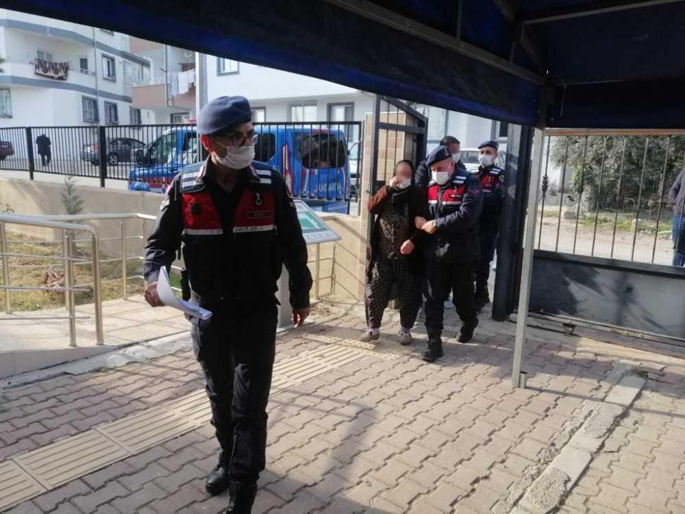 Jandarma 5 hırsızlık olayını gerçekleştiren şüphelileri yakaladı