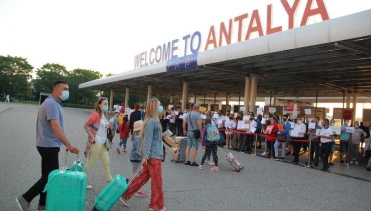 Turizm kenti Antalya eski günlerine geri dönüyor