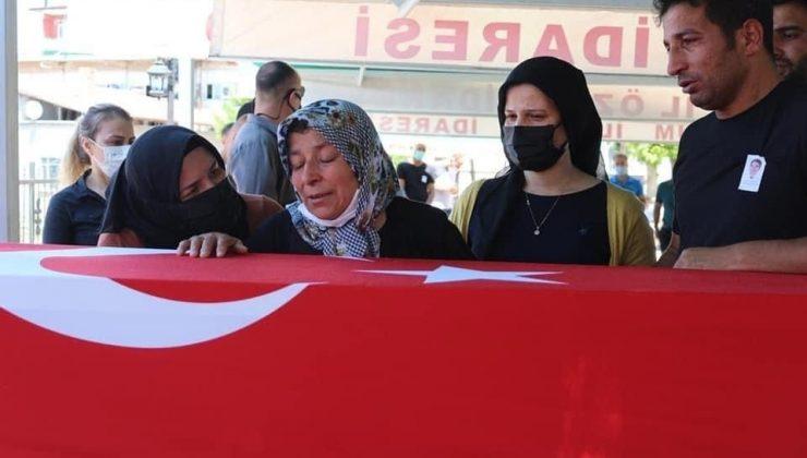 Akseki'deki kazada şehit olan polis ve oğlu defnedildi