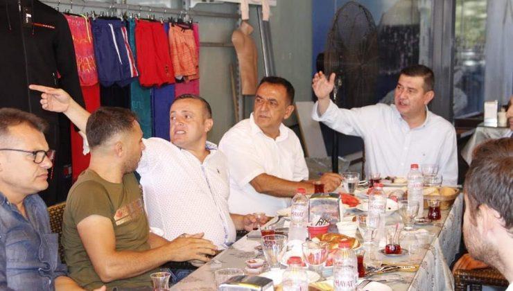 MHP Alanya esnafla buluşmaya devam ediyor